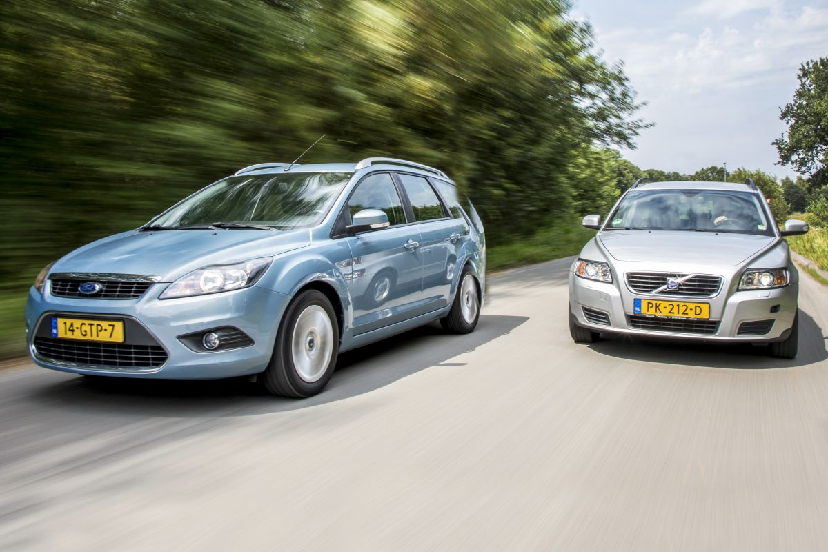 Ford Focus Wagon vs. Volvo V50