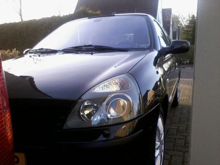 Renault Clio 1.5 dCi 100pk Initiale (2005)