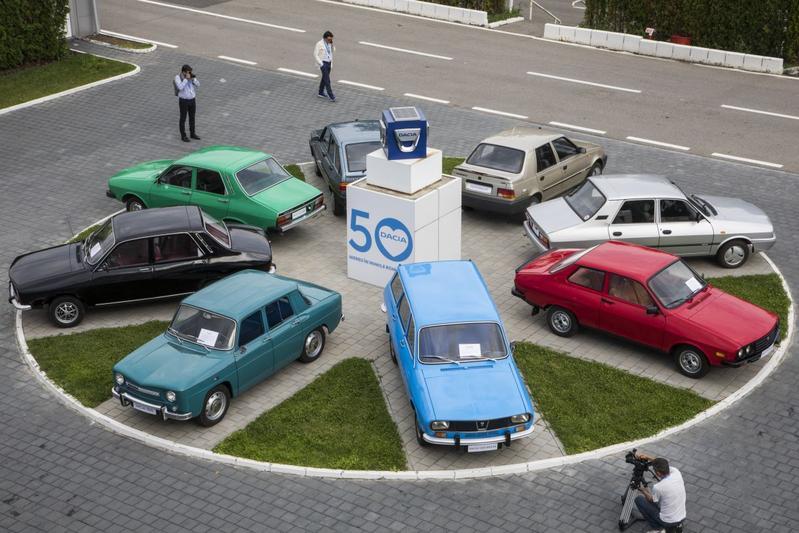 Fabrieksbezoek: 50 jaar Dacia