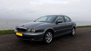 Jaguar X-Type 2.5 V6 Executive (2004)
