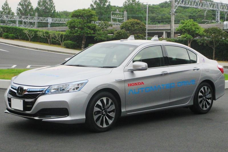 Meer tests zelfrijdende auto's op wegen VS