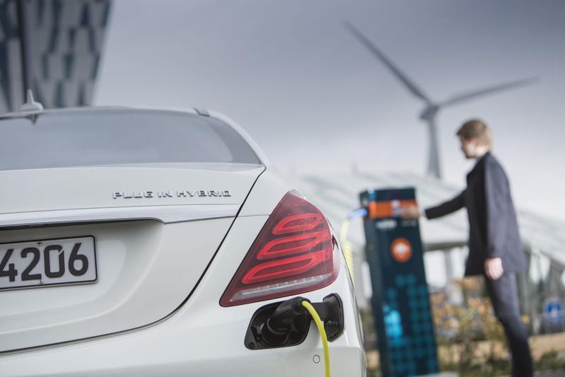 Mercedes werkt aan Tesla-rivaal