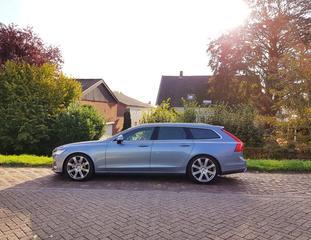 Volvo V90 D3 Momentum (2017)