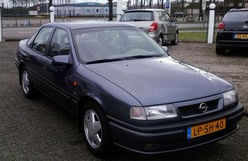 Opel Vectra 1.8i CDX (1995)