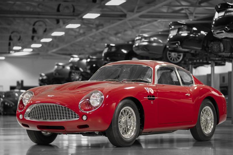 Aston Martin DB4 Zagato Continuation