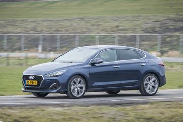 Hyundai i30 Fastback 1.4 T-GDi Premium (2018)