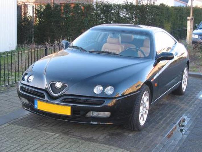 Alfa Romeo GTV 2.0 T.Spark 16V L (2000)