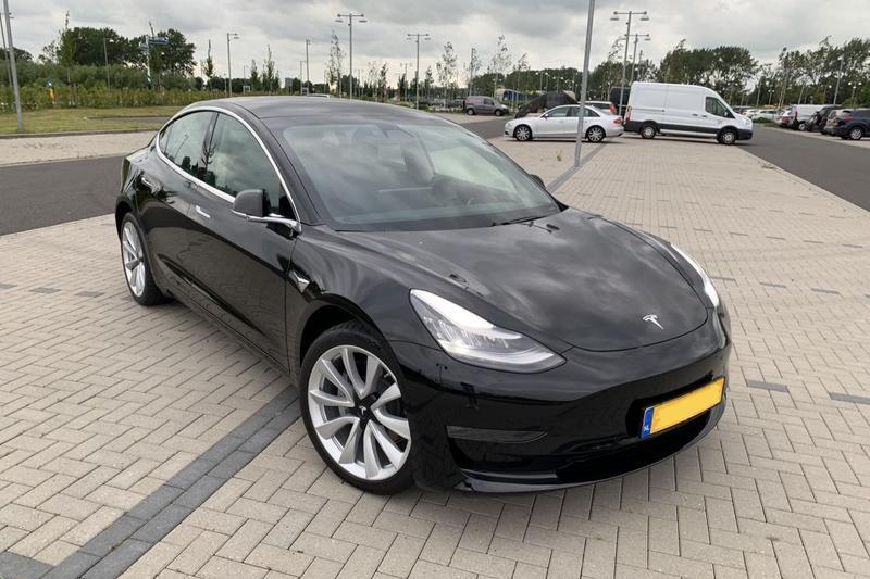 Tesla Model 3 Long Range AWD (2019) #14 review - AutoWeek.nl