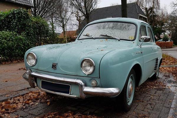 In het Wild: Renault Dauphine
