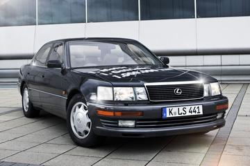 AutoWeek Top 50: Lexus LS 400