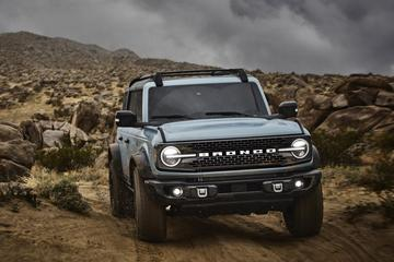 Ford-topman lijkt te hinten op elektrische Bronco