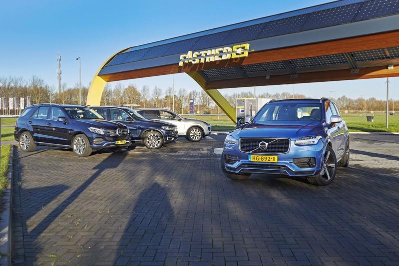 Volvo XC90 T8 - Mercedes GLE - BMW X5 - Porsche Cayenne