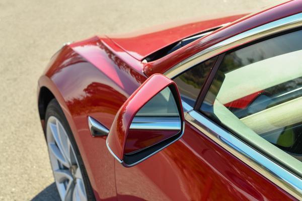 'Tesla's verkopen met 70 procent gedaald in China'