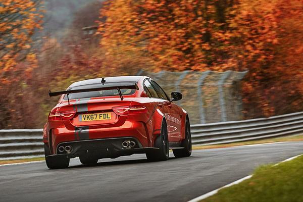 Helaas: geen Jaguar XE SVR in het verschiet