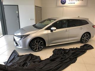 Toyota Corolla Touring Sports 2.0 Hybrid Business Intro S (2019)