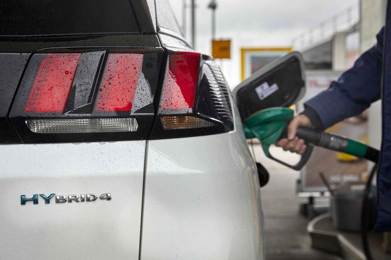Tanken Shell benzine pompstation tankstation