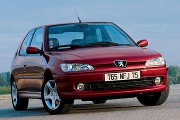 Facelift Friday: Peugeot 306