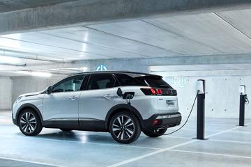 Peugeot beprijst 508 en 3008 Hybrids