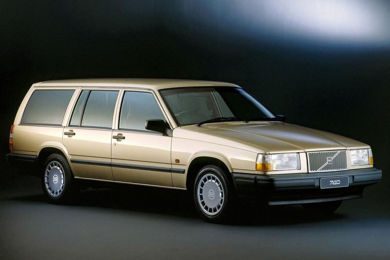 Volvo 740 GLE 16V Estate (1990)