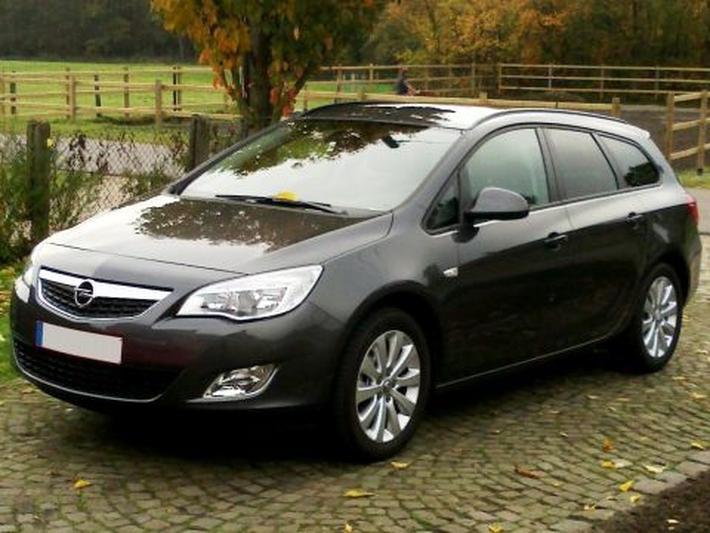 Opel Astra Sports Tourer 1.7 CDTI 110pk Edition (2011)