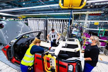 VDL Nedcar: 'Goede toekomst voor autobouwers als wij'