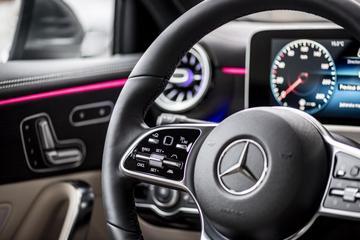 'KBA vindt bij miljoen 'Daimlers' sjoemelsoftware'