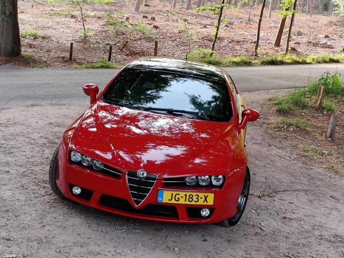 Alfa Romeo Brera 3.2 JTS V6 Q4 (2008)