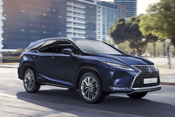 Vernieuwde Lexus RX heeft een prijs
