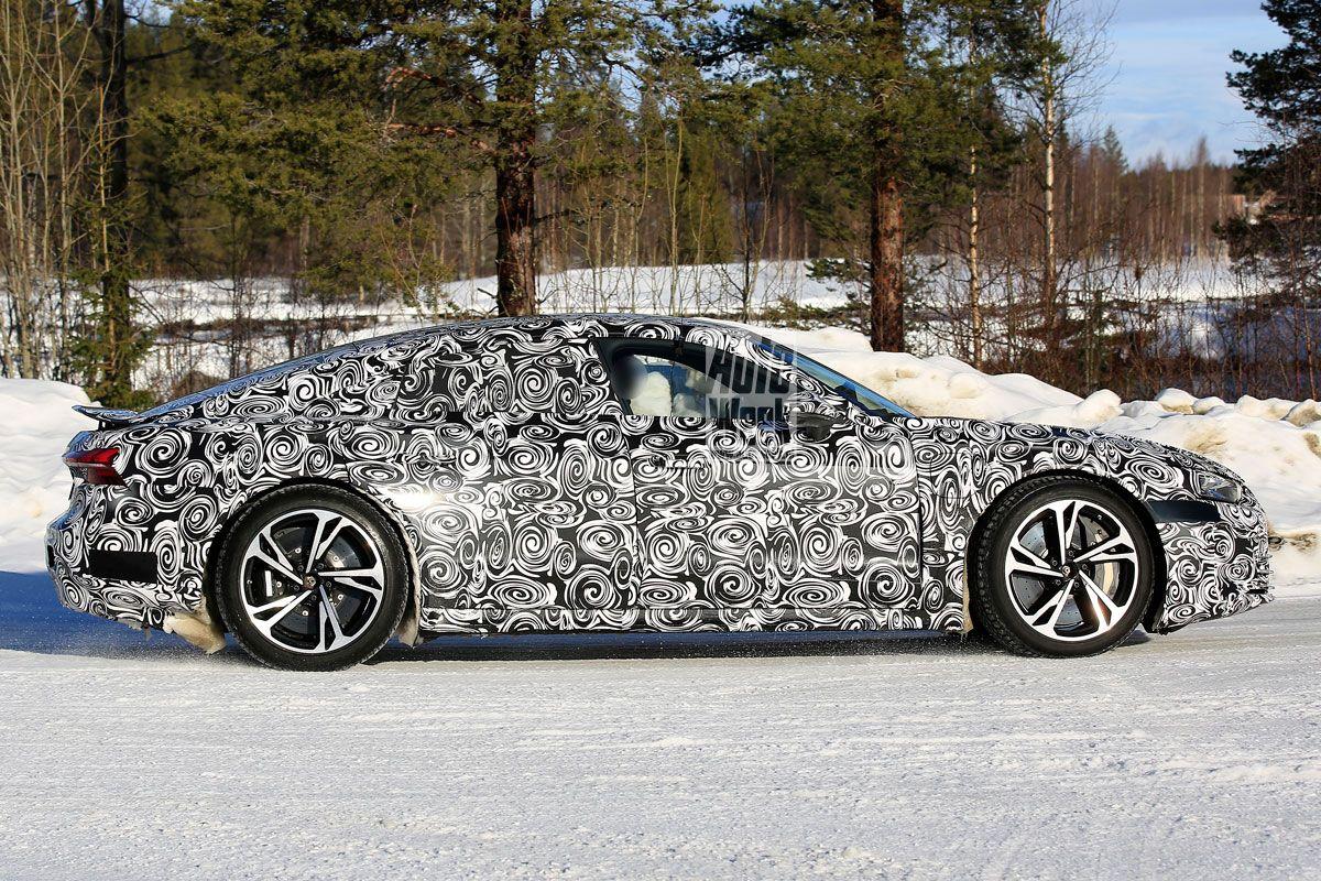 2021 - [Audi] E-Tron GT Iwly7xub55wb