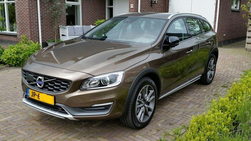 Volvo V60 Cross Country D3 Nordic+ (2016)