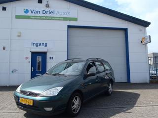 Ford Focus Wagon 1.6 16V Trend (2002)