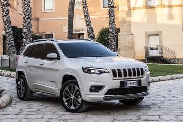 Europese motoren Jeep Cherokee bekend