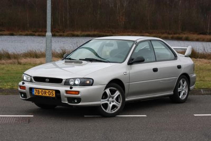 Subaru Impreza 2.0 GL AWD (1999)