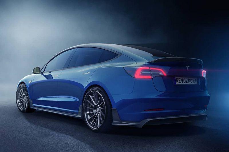 Tesla Model 3 Revozport