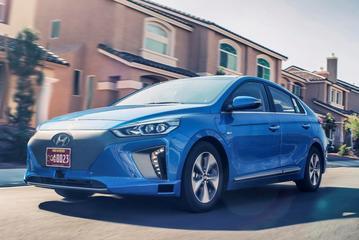 Autonome Hyundai Ioniq schittert in Los Angeles
