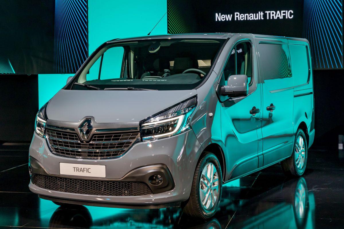 Renault bus KangooZE Concept Master Trafic
