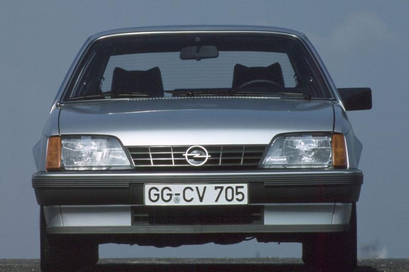 Facelift Friday Opel Rekord