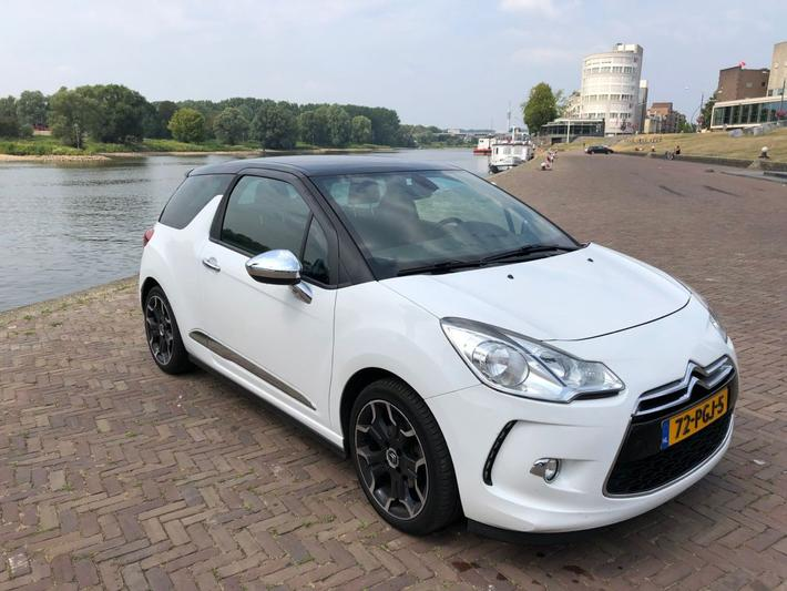 Citroen DS3 THP 155 Sport Chic (2011)