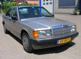 Mercedes-Benz 190 (1989)