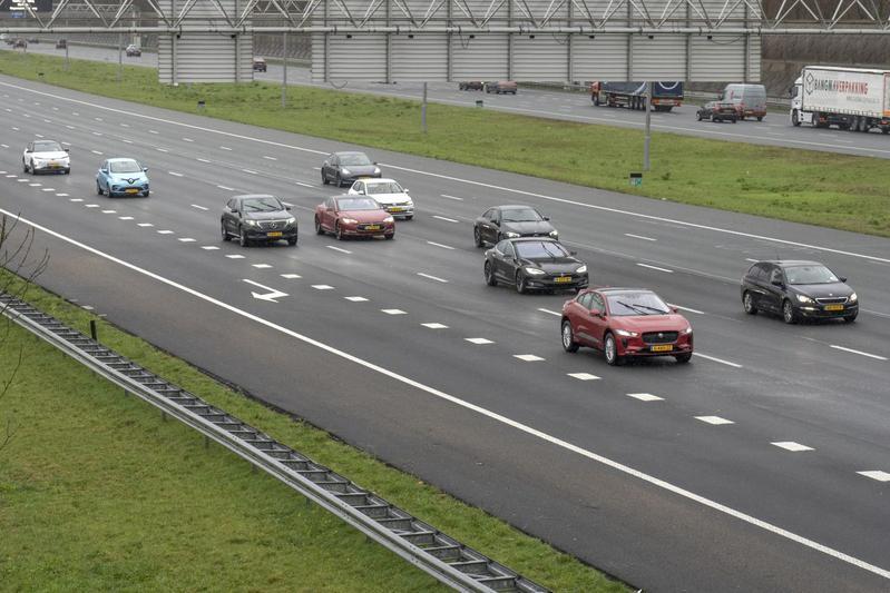 Ev rijden snelweg elektrisch rijden actieradiustest