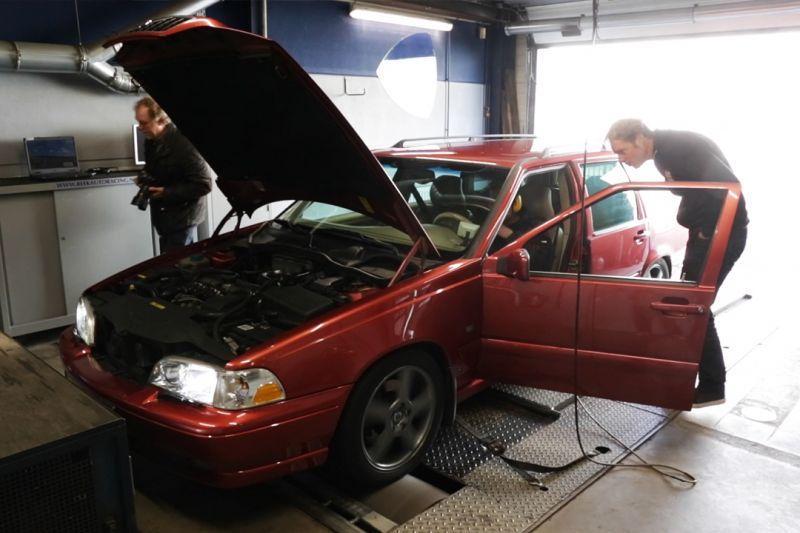 Volvo V70 T5 (1998) - Op de Rollenbank