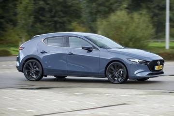 Mazda 3 SkyActiv-X 180 Luxury