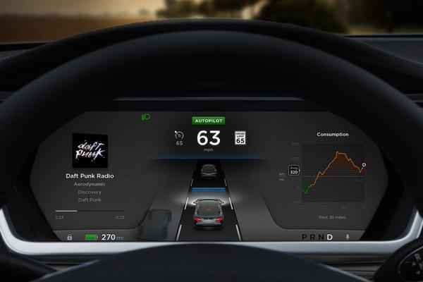 Senator VS aan Tesla: 'Schakel Autopilot voorlopig uit'