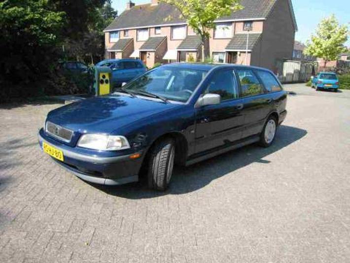 Volvo V40 1.8 Europa (1997)