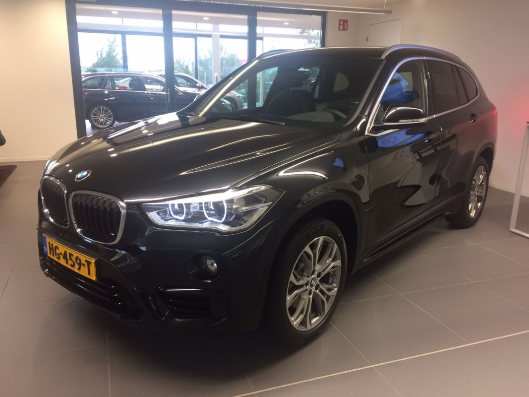 bmw x1 sdrive18d corporate lease edition 2015. Black Bedroom Furniture Sets. Home Design Ideas