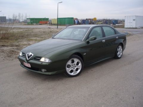Alfa Romeo 166 2.5 V6 24V Distinctive 2002