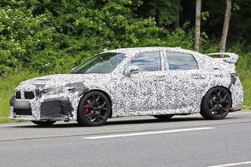 Nieuwe Honda Civic Type-R buiten de deur