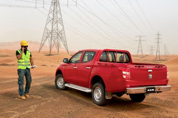 De Tweeling: Mitsubishi L200 – Fiat Fullback – RAM 1200