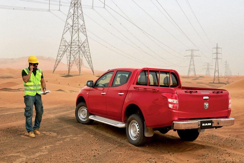 De Tweeling: Mitsubishi L200 - Fiat Fullback - RAM 1200