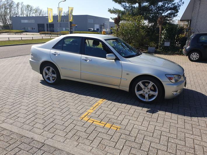 Lexus IS 200 Executive (2003)